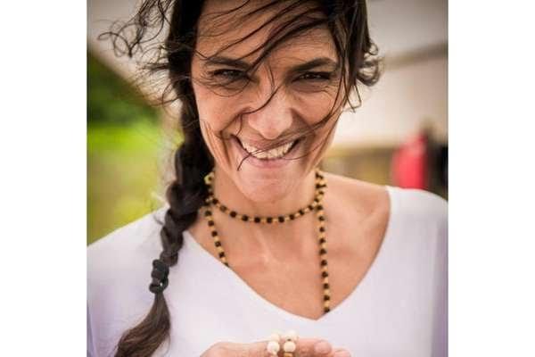 Natália foi aos protestos contra Dilma e agora fez panelaço contra Bolsonaro