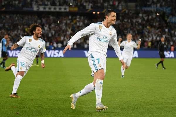 Cristiano Ronaldo comemora seu gol sobre o Grêmio na final do Mundial de Clubes